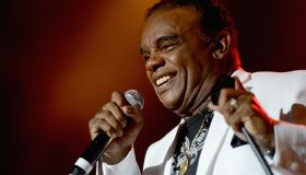 The Isley Brothers With Ruben Studdard In Concert - Portsmouth, Virginia