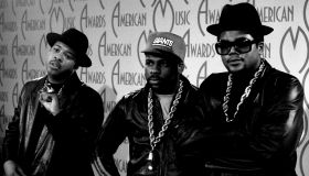 14th Annual American Music Awards